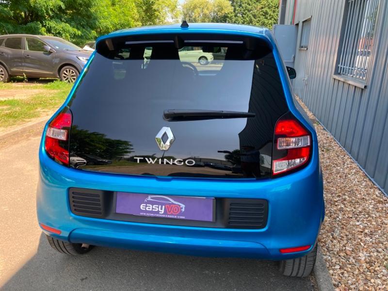 Renault Twingo 1.0 SCe 70ch Intens Boîte Courte Euro6 Bleu occasion à Saint-Doulchard - photo n°5