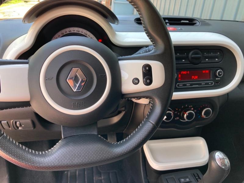 Renault Twingo 1.0 SCe 70ch Intens Boîte Courte Euro6 Bleu occasion à Saint-Doulchard - photo n°19