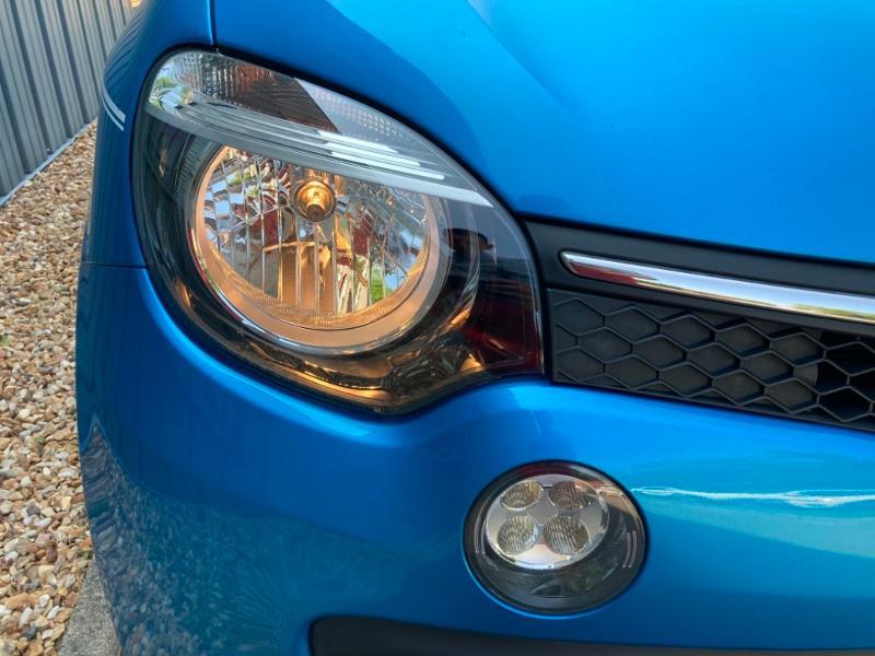 Renault Twingo 1.0 SCe 70ch Intens Boîte Courte Euro6 Bleu occasion à Saint-Doulchard - photo n°15