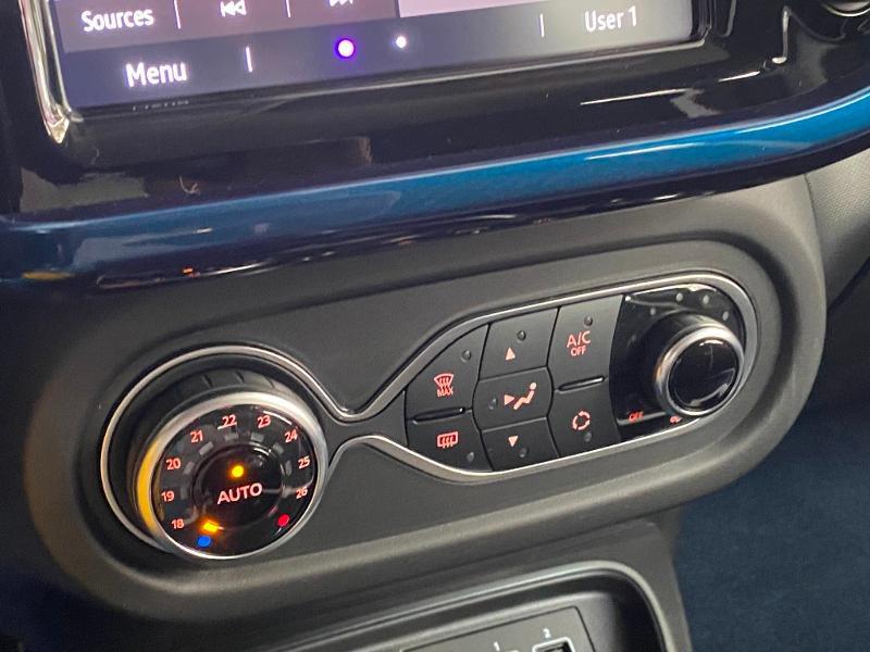 Renault Twingo 1.0 SCe 75ch Signature Bleu occasion à Rodez - photo n°15