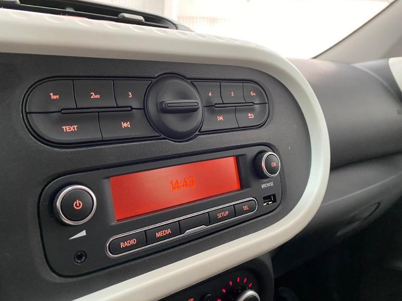 Renault Twingo 1.0 SCe 75ch Zen Rouge occasion à Villefranche-de-Rouergue - photo n°14