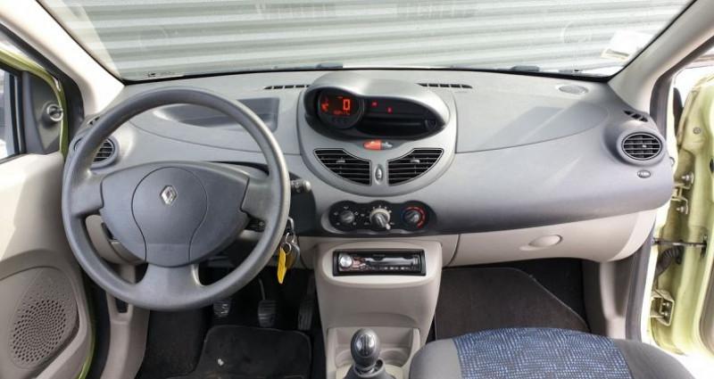 Renault Twingo 2 1.2 60 authentique bv5 o Vert occasion à FONTENAY SUR EURE - photo n°5
