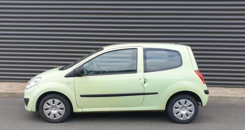 Renault Twingo 2 1.2 60 authentique bv5 o Vert occasion à FONTENAY SUR EURE - photo n°4