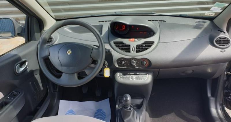 Renault Twingo 2 ii 1.2 16v 75 collection guerlain Noir occasion à FONTENAY SUR EURE - photo n°6