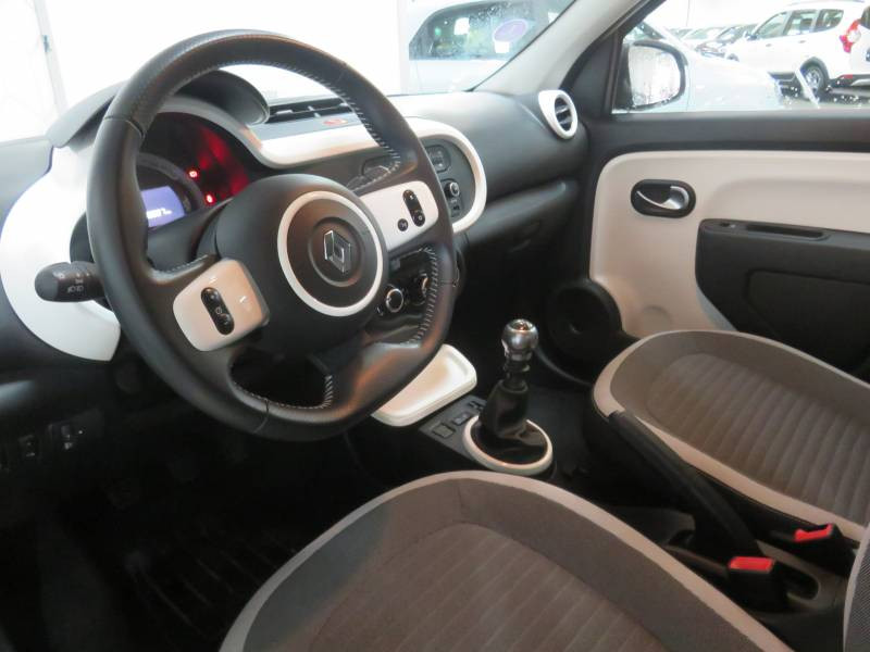 Renault Twingo III 0.9 TCe 90 Energy E6C Intens Gris occasion à BAYONNE - photo n°5