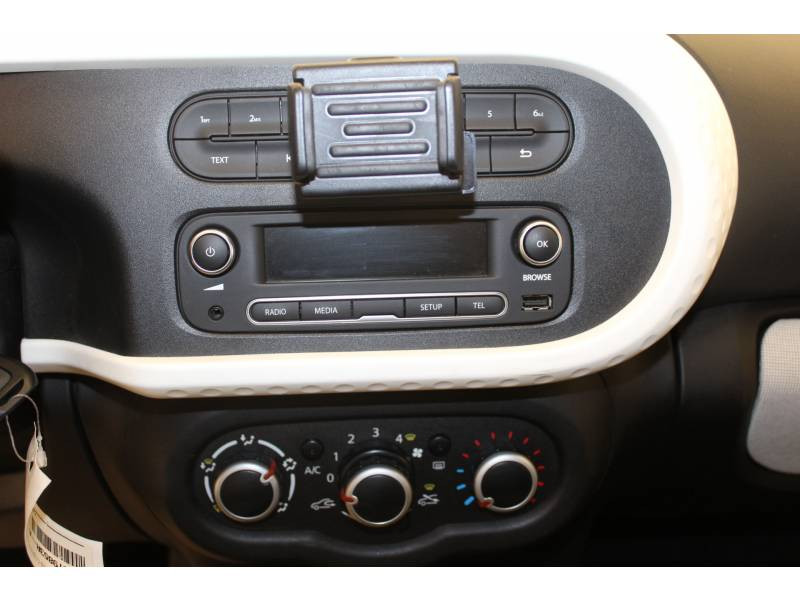 Renault Twingo III 1.0 SCe 70 BC Limited Gris occasion à Orthez - photo n°9