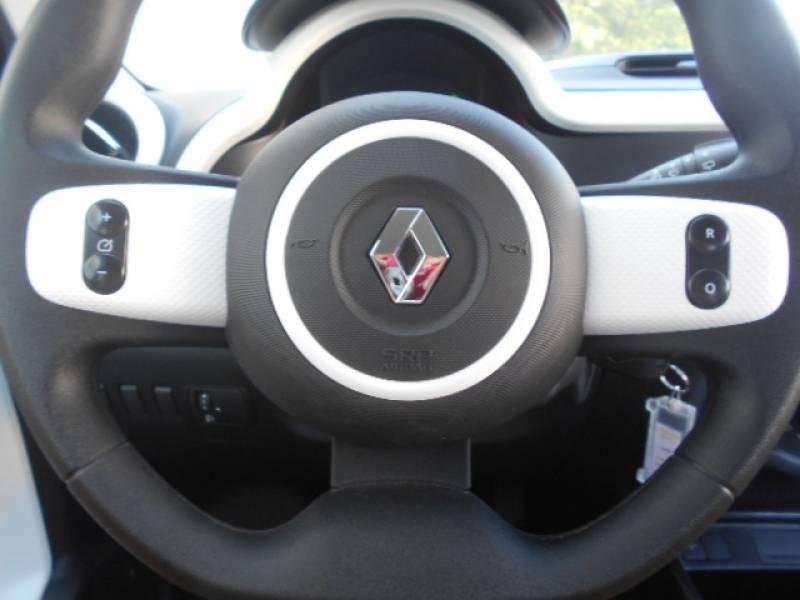 Renault Twingo III SCe 75 - 20 Zen Rouge occasion à Sainte-Bazeille - photo n°9