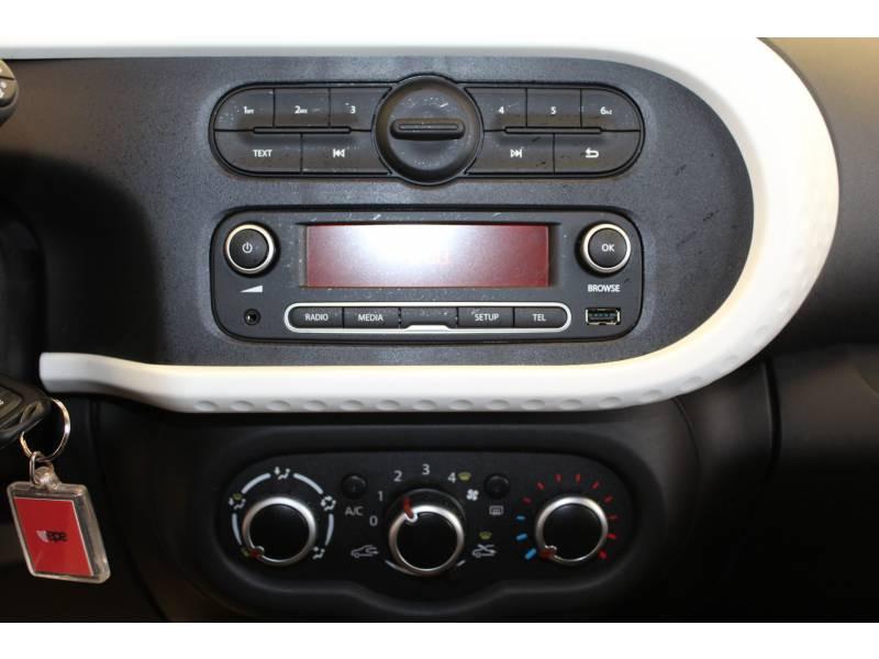 Renault Twingo III SCe 75 - 20 Zen Noir occasion à MOURENX - photo n°9