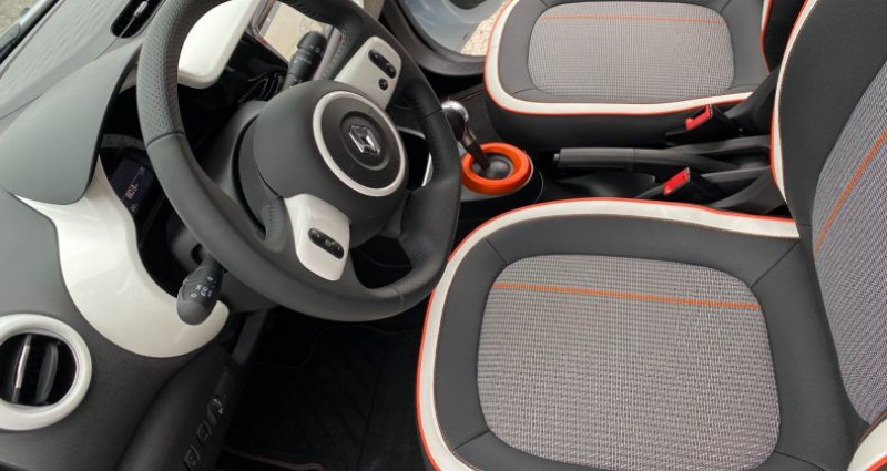 Renault Twingo Z.E. SERIE LIMITEE VIBES Blanc occasion à La Talaudiere - photo n°6