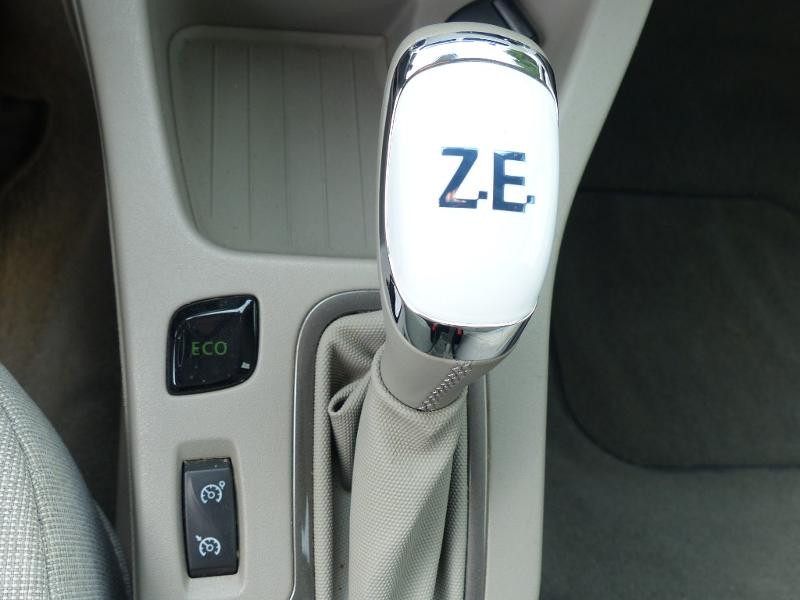 Renault Zoe E-Tech Zen charge normale R110 Achat Intégral - 21 Gris occasion à Figeac - photo n°16