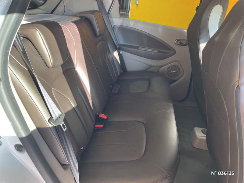Renault Zoe Edition One charge normale R90 Blanc occasion à Saint-Maximin - photo n°5