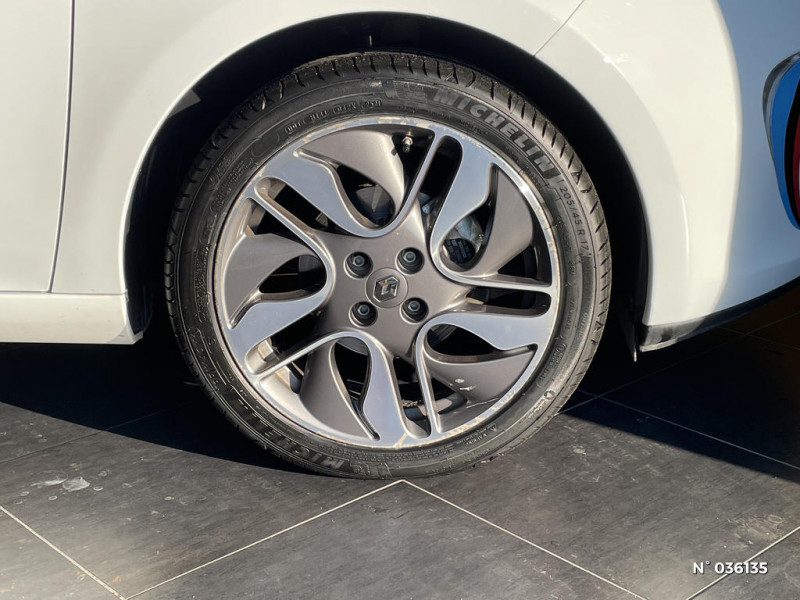 Renault Zoe Edition One charge normale R90 Blanc occasion à Saint-Maximin - photo n°9