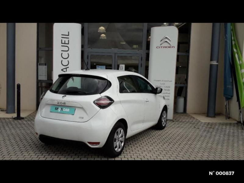 Renault Zoe Life charge normale R110 Achat Intégral 4cv Blanc occasion à Écuelles - photo n°4