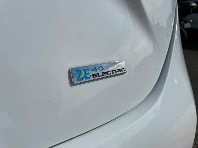 Renault Zoe Life charge normale R75 Blanc occasion à Albi - photo n°8