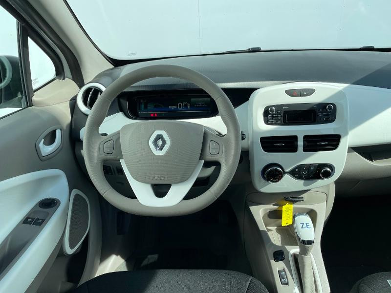 Renault Zoe Life charge normale R75 Blanc occasion à Albi - photo n°13