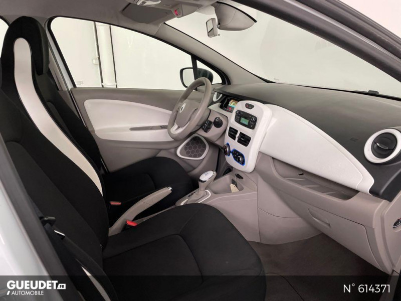 Renault Zoe Life charge normale R75 Blanc occasion à Rivery - photo n°4