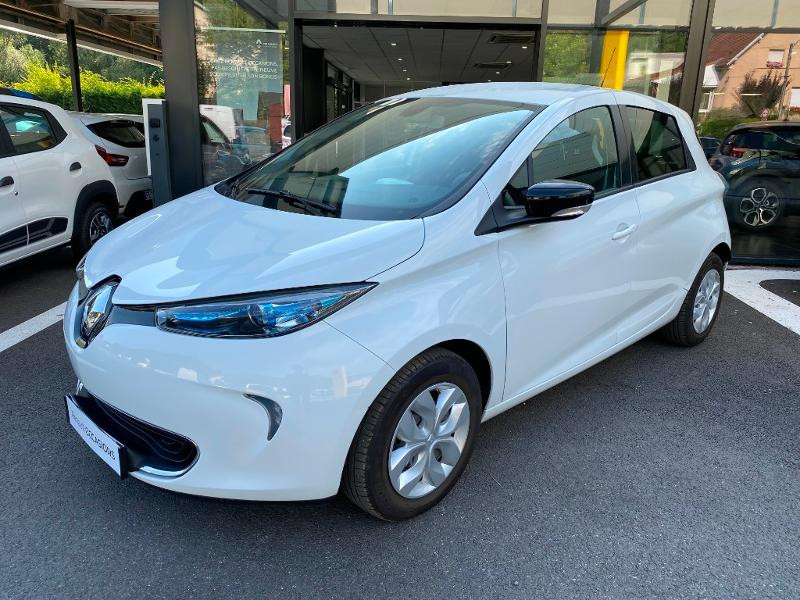Renault Zoe Life charge normale Blanc occasion à Figeac