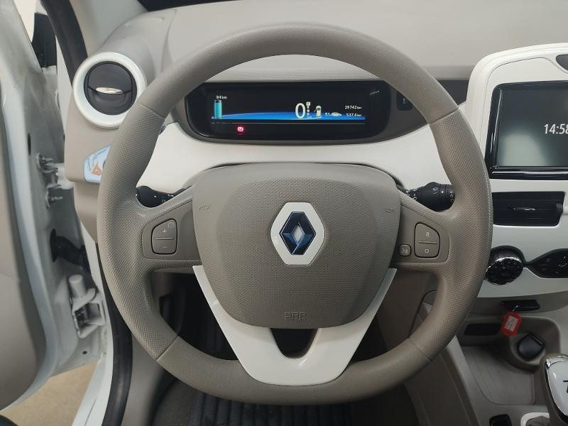Renault Zoe Life charge rapide Blanc occasion à Rodez - photo n°12