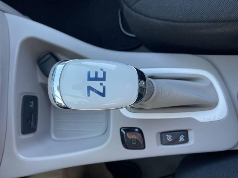 Renault Zoe Life Blanc occasion à Sainte-Bazeille - photo n°9