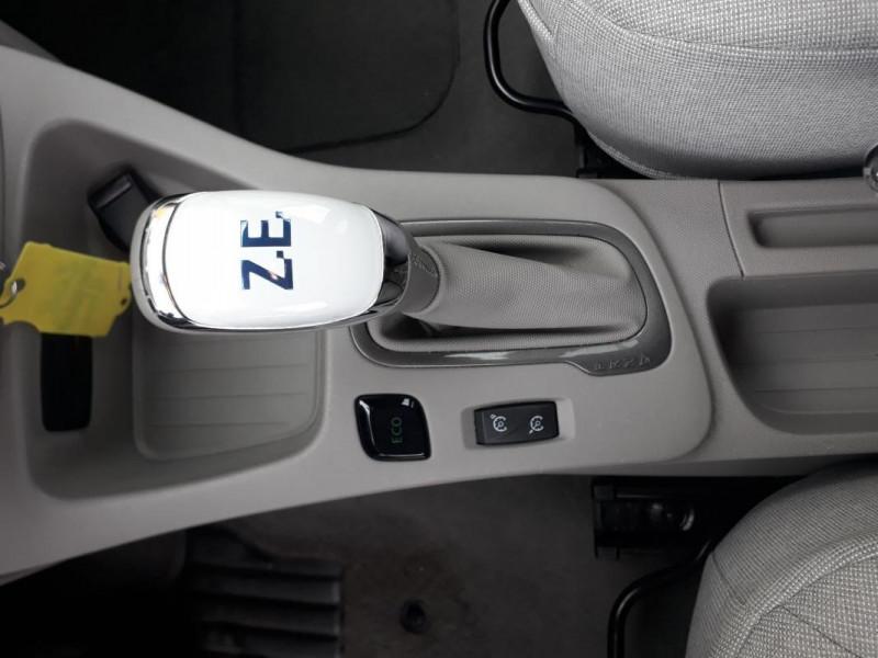 Renault Zoe R90 Zen Blanc occasion à LAMBALLE - photo n°11