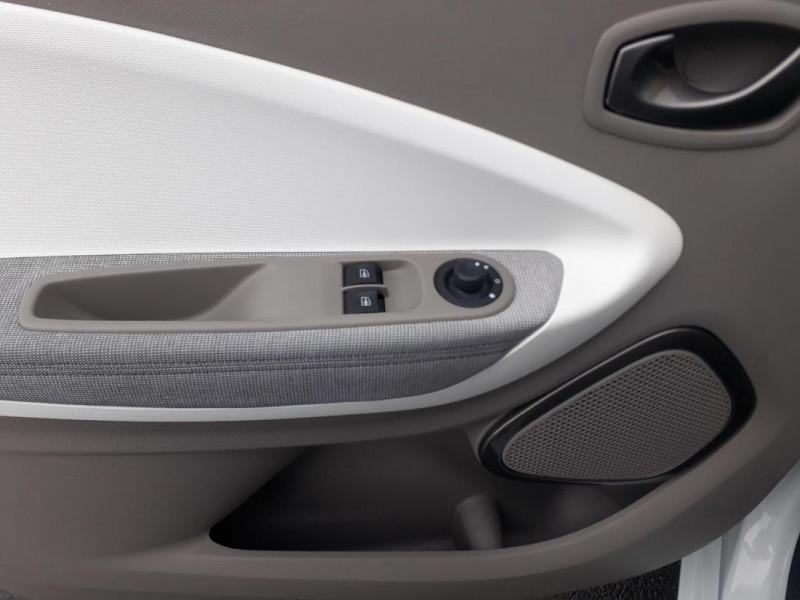 Renault Zoe R90 Zen Blanc occasion à LAMBALLE - photo n°12