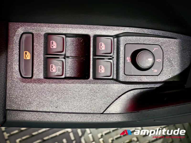 Seat Arona 1.0 EcoTSI 115ch Start/Stop FR DSG Euro6d-T Blanc occasion à Dole - photo n°7