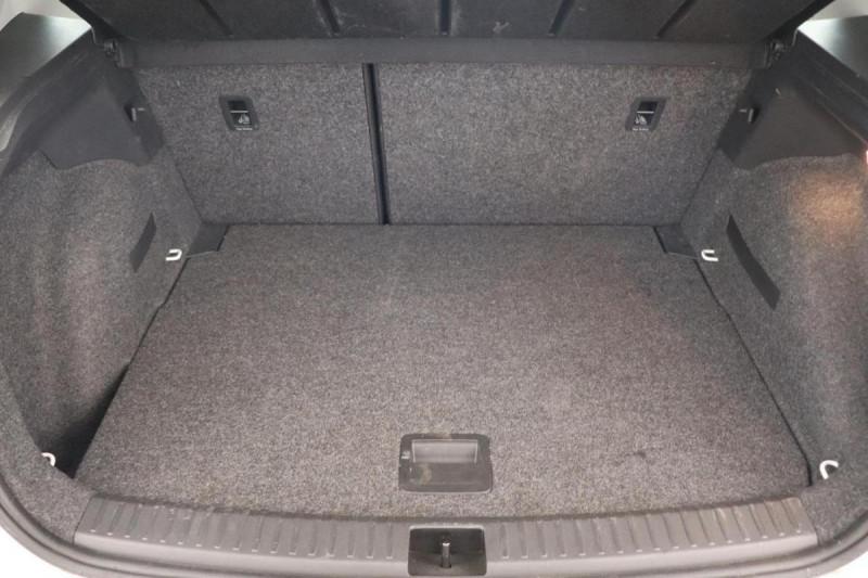 Seat Arona 1.0 EcoTSI 95 ch Start/Stop BVM5 Xcellence Blanc occasion à Saint-Priest - photo n°7