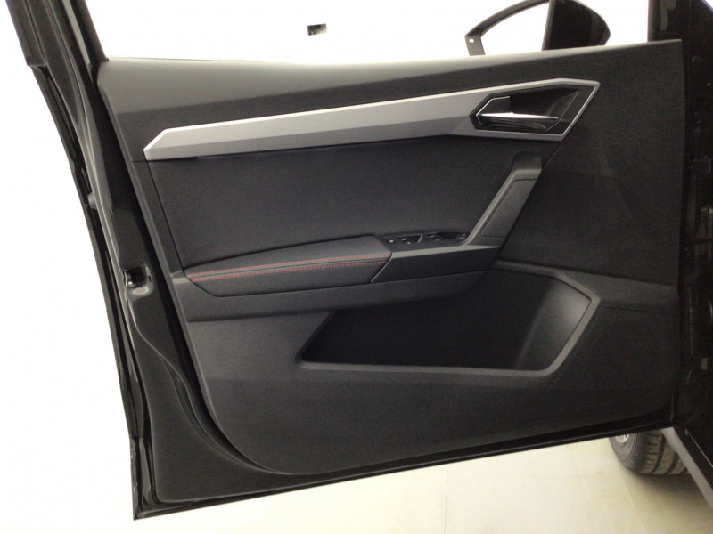 Seat Arona 1.0 TSI 110ch FR DSG + Pack Assist Noir occasion à SAINT-GREGOIRE - photo n°11