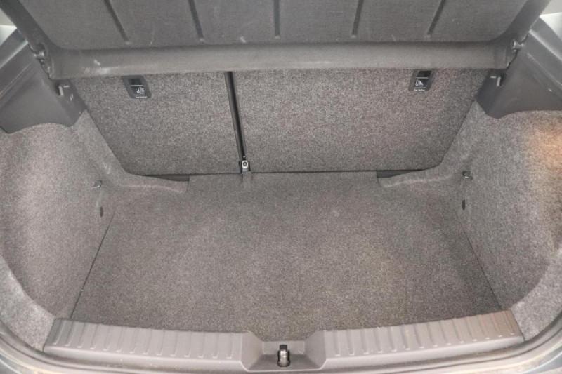 Seat Ibiza 1.0 80 ch S/S BVM5 Style Gris occasion à Saint-Priest - photo n°7