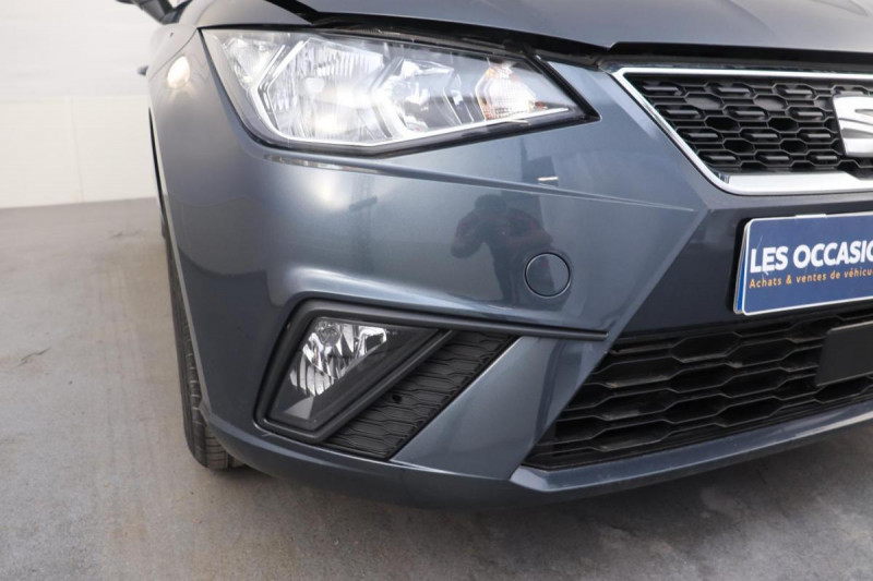 Seat Ibiza 1.0 80 ch S/S BVM5 Style Gris occasion à Tours - photo n°9