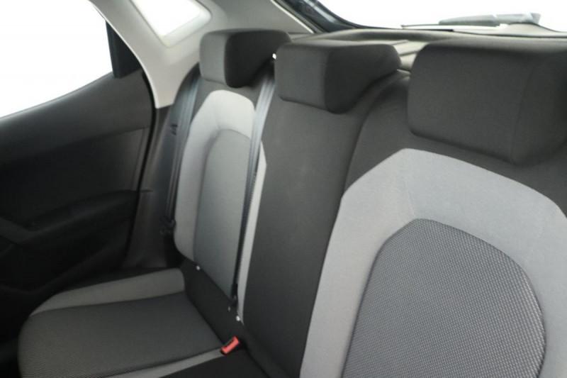 Seat Ibiza 1.0 80 ch S/S BVM5 Style Gris occasion à La Garde - photo n°6
