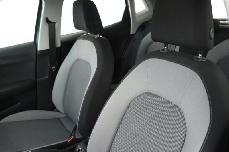 Seat Ibiza 1.0 80 ch S/S BVM5 Style Gris occasion à Saint-Priest - photo n°5