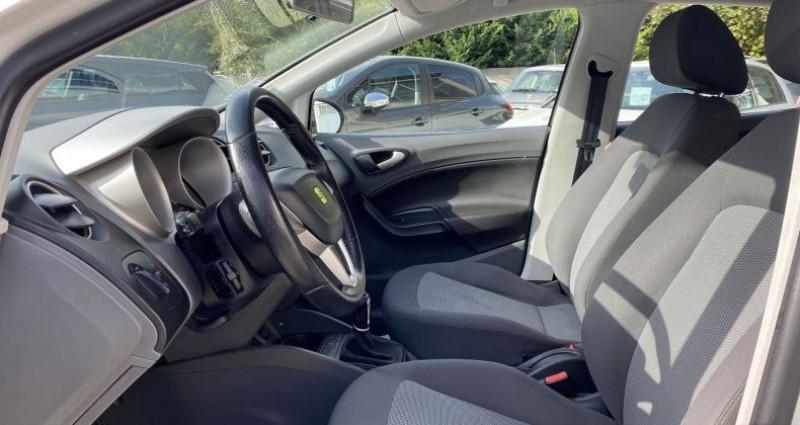Seat Ibiza 1.6 TDI105 FAP STYLE 5P Blanc occasion à VOREPPE - photo n°7