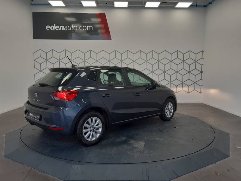 Seat Ibiza BUSINESS 1.0 EcoTSI 95 ch S/S BVM5 Style Gris occasion à LONS - photo n°4