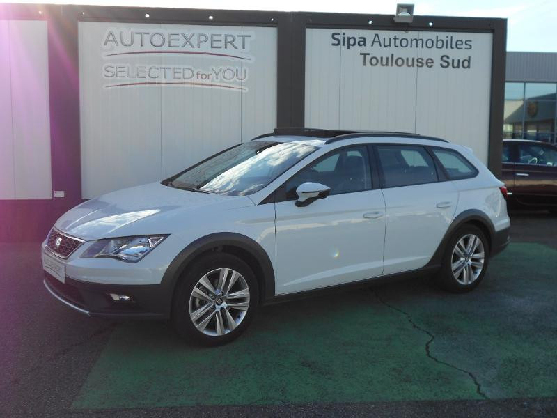 Seat Leon ST 1.4 TSI 125ch Start&Stop Blanc occasion à Toulouse