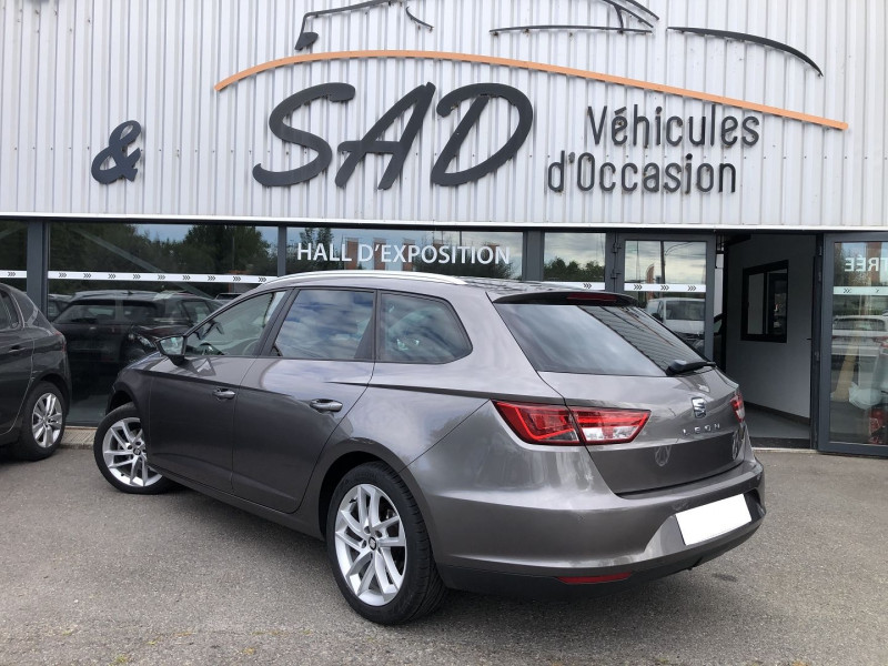 Seat Leon ST 1.6 TDI 105CH FAP STYLE BUSINESS START&STOP Gris occasion à TOULOUSE - photo n°2