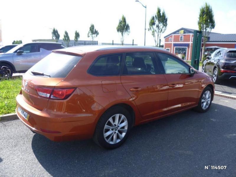 Seat Leon 1.6 TDI 115ch FAP Style Or occasion à Mareuil-lès-Meaux - photo n°4