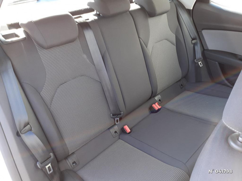 Seat Leon 1.6 TDI 115ch Style Euro6d-T Gris occasion à Beauvais - photo n°5