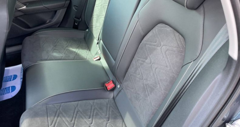 Seat Leon 2.0 TDI 150 DSG7 Xcellence Gris occasion à Bourgogne - photo n°4
