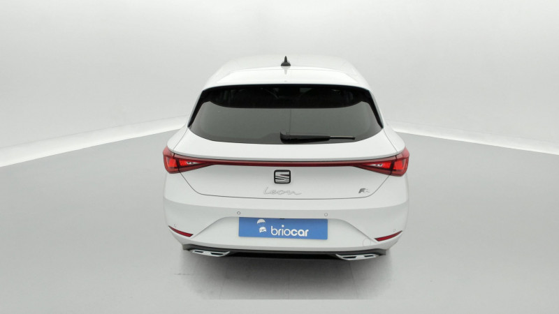 Seat Leon 2.0 TDI 150ch DSG7 FR Pack M Blanc occasion à SAINT-GREGOIRE - photo n°4