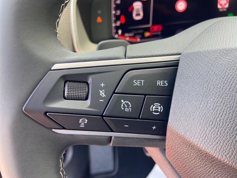 Seat Leon New 2.0 TDI 150 DSG STYLE GPS FULL LED Noir occasion à Montauban - photo n°17