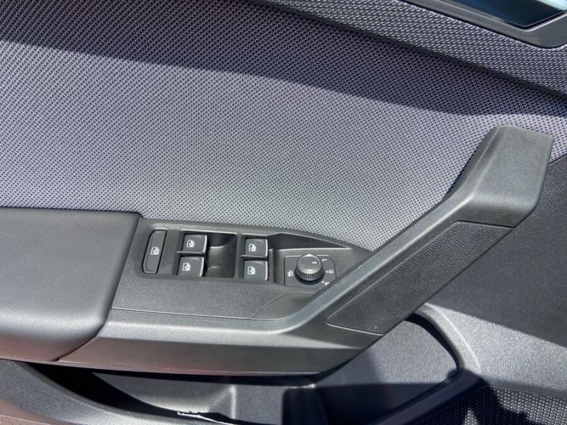 Seat Leon New 2.0 TDI 150 DSG STYLE GPS FULL LED Noir occasion à Montauban - photo n°20