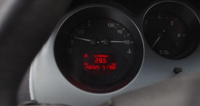 Seat Toledo III 1.9 TDI 105 PULSION Noir occasion à Chambourcy - photo n°6