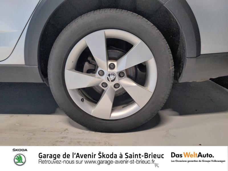 Skoda Octavia 2.0 TDI 150ch SCR Scout 4x4 DSG7 Euro6d-T Gris occasion à Saint Brieuc - photo n°18