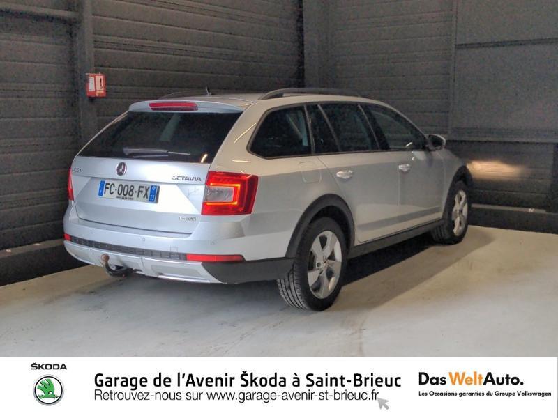 Skoda Octavia 2.0 TDI 150ch SCR Scout 4x4 DSG7 Euro6d-T Gris occasion à Saint Brieuc - photo n°3
