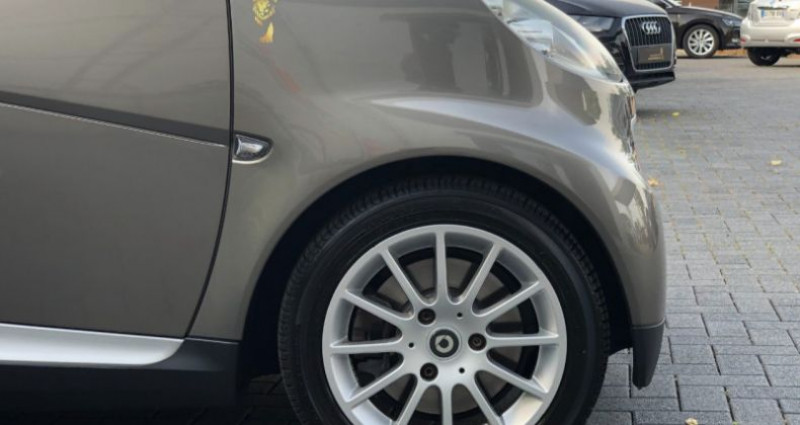 Smart Fortwo 71CH MHD PASSION SOFTOUCH Gris occasion à COLMAR - photo n°7