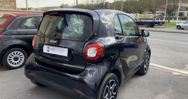 Smart Fortwo Coupe III Electrique 82ch passion Noir occasion à HERBLAY - photo n°3