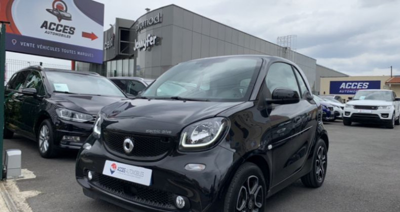 Smart Fortwo Coupe III Electrique 82ch prime Noir occasion à HERBLAY - photo n°2