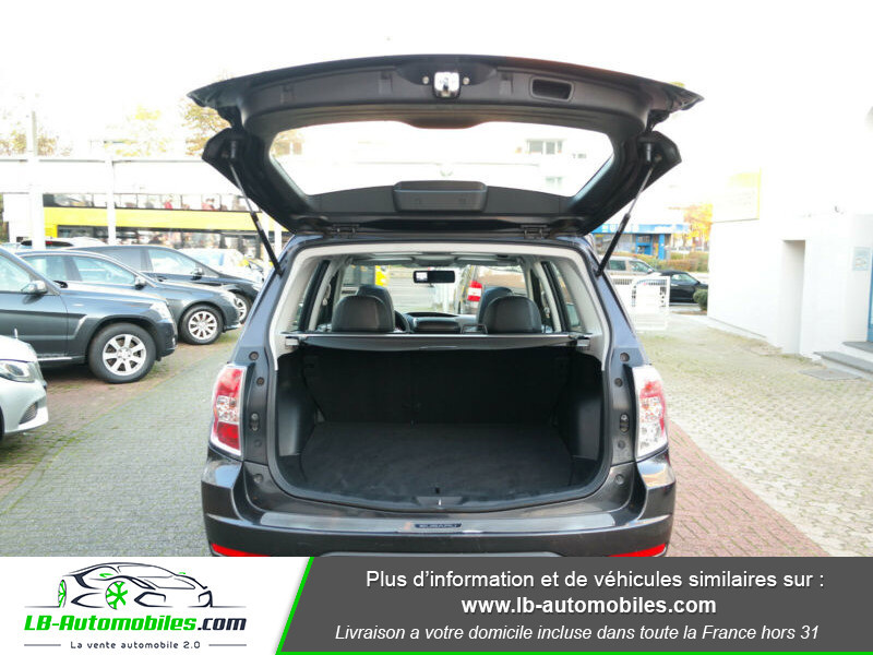 Subaru Forester 2.0 150 ch Noir occasion à Beaupuy - photo n°9