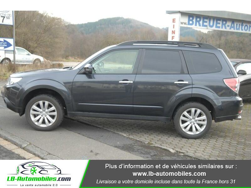 Subaru Forester 2.0 150 ch Noir occasion à Beaupuy - photo n°8
